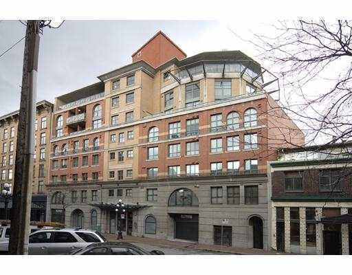 55 Alexander St Gastown loft condos and lofts 2