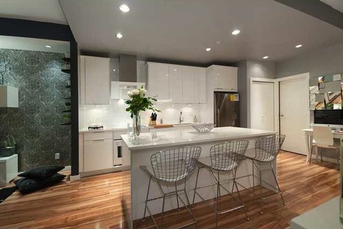 Customized Qube 2 kitchen and living