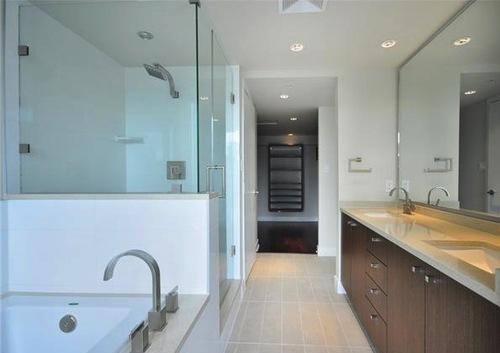 donovan bathroom a