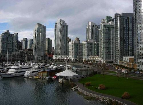 Marinaside Vancouver Seawal