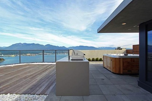 ROOFTOP-PENTHOUSE-3601-838-HASTINGS-7