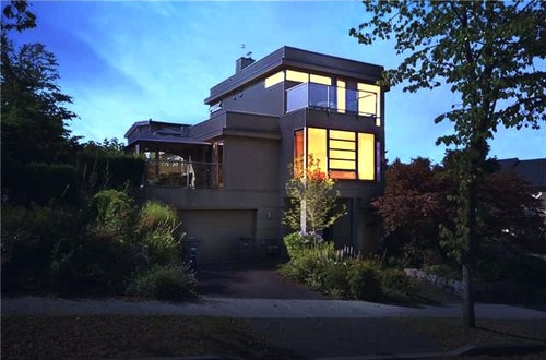 V930159-2004-4TH-1-EASTVAN-MODERN-DUPLEX-FOR-SALE