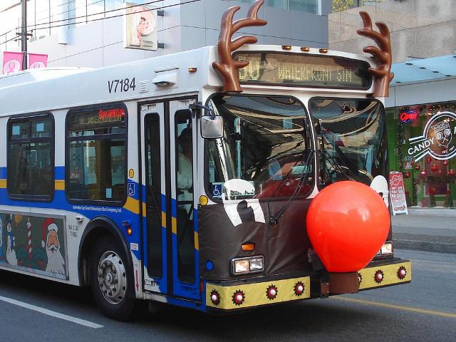 vancouver bus reindeer 01 web