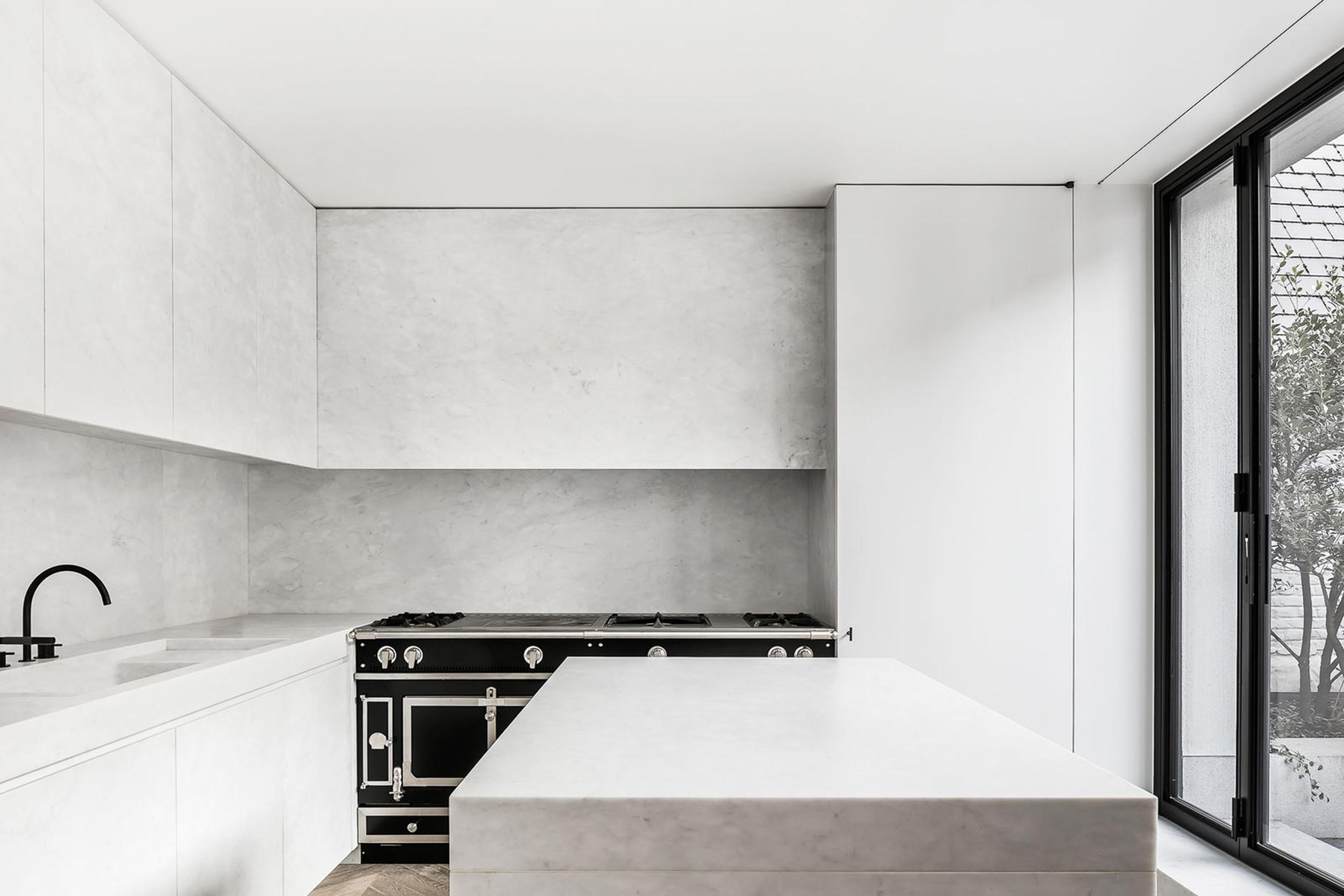 emily henderson design trends 2018 kitchen hidden hood 06