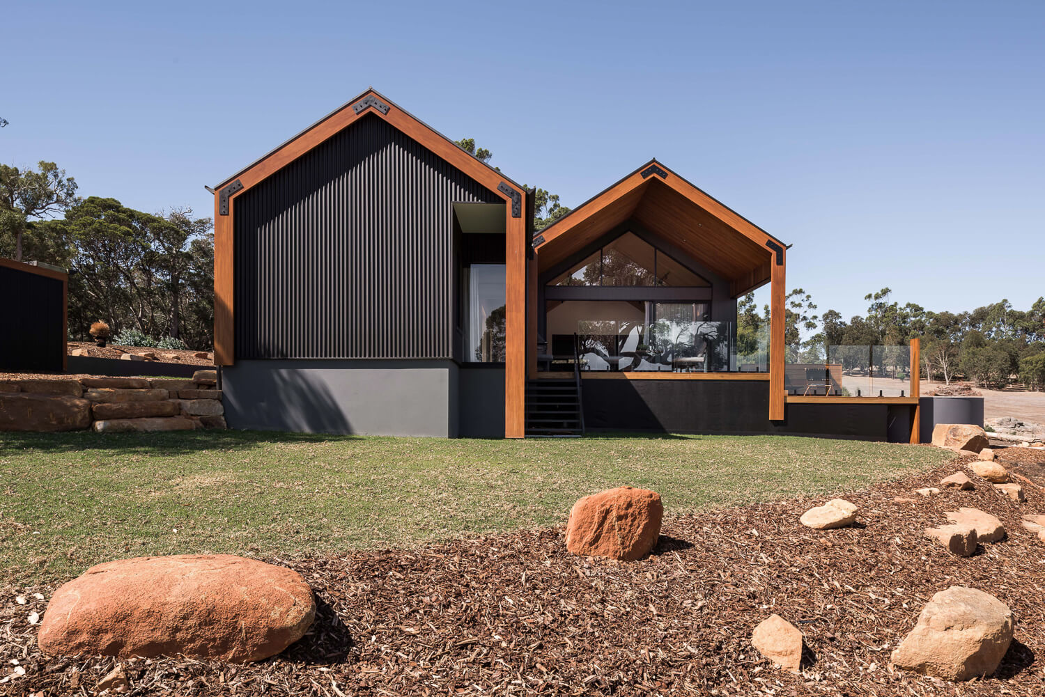 stealthhouse 106 lr