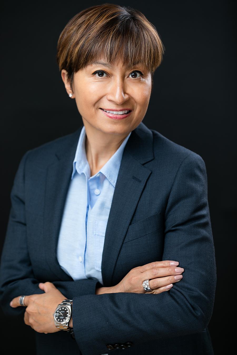 Henrietta Tan Headshot