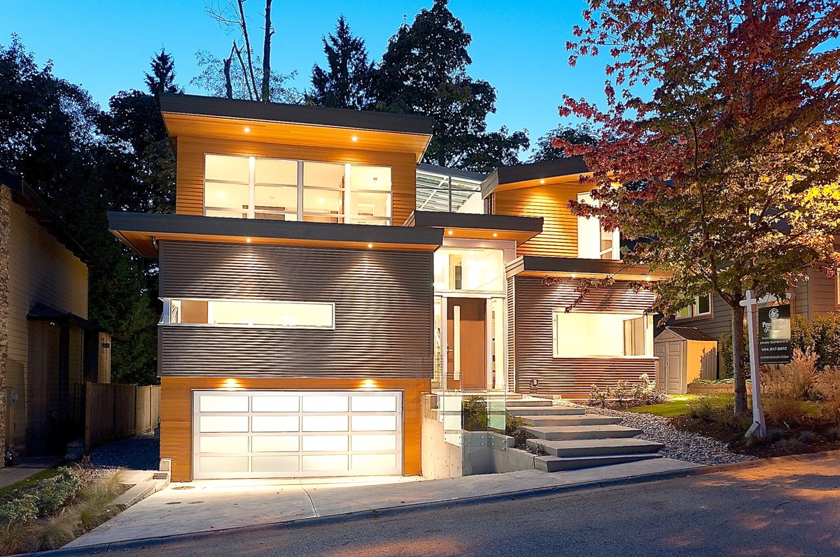 Modern contemporary home west vancouver 1261 sinclair for Modern house website