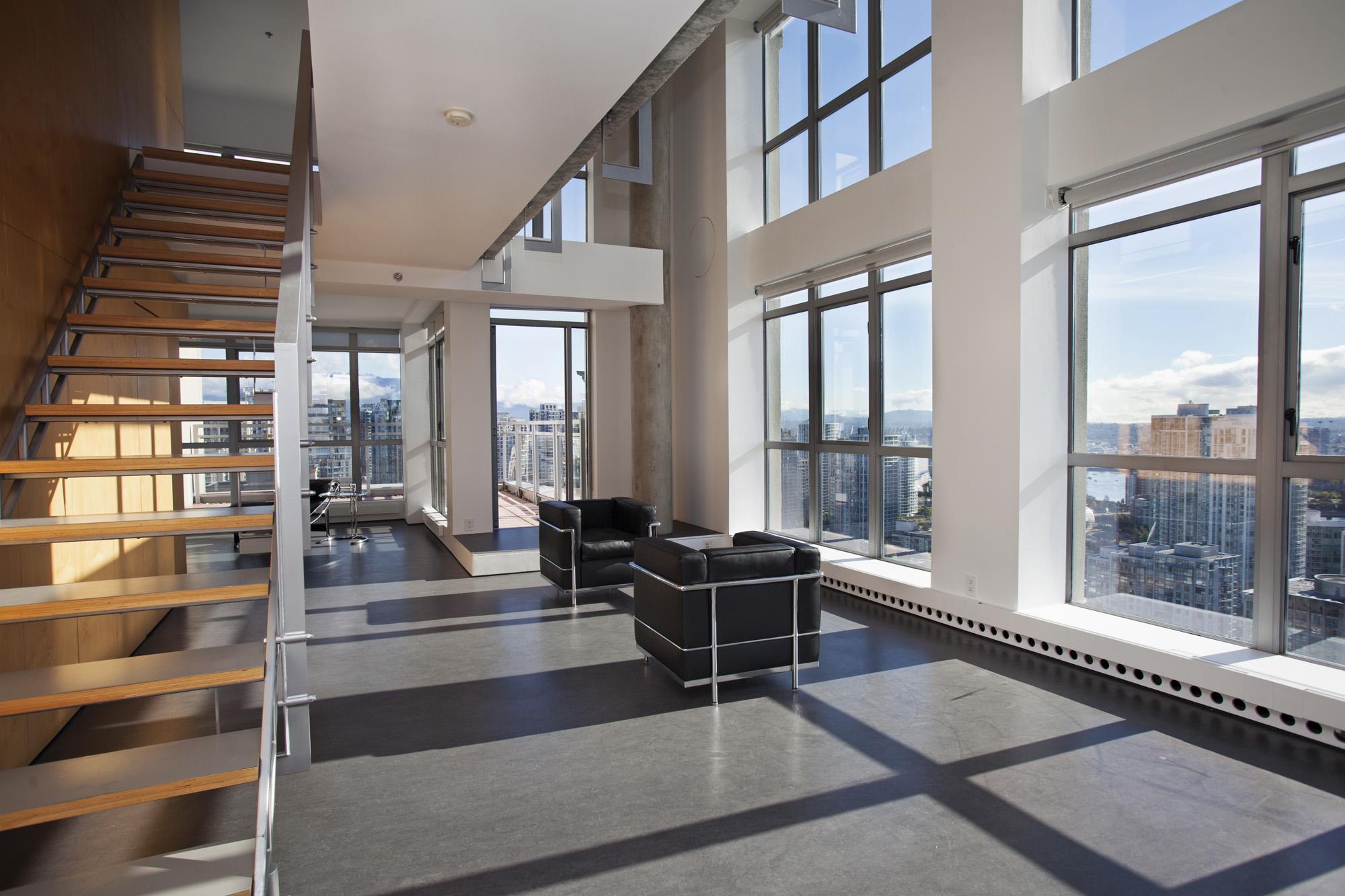 Large Penthouse Loft Vancouver