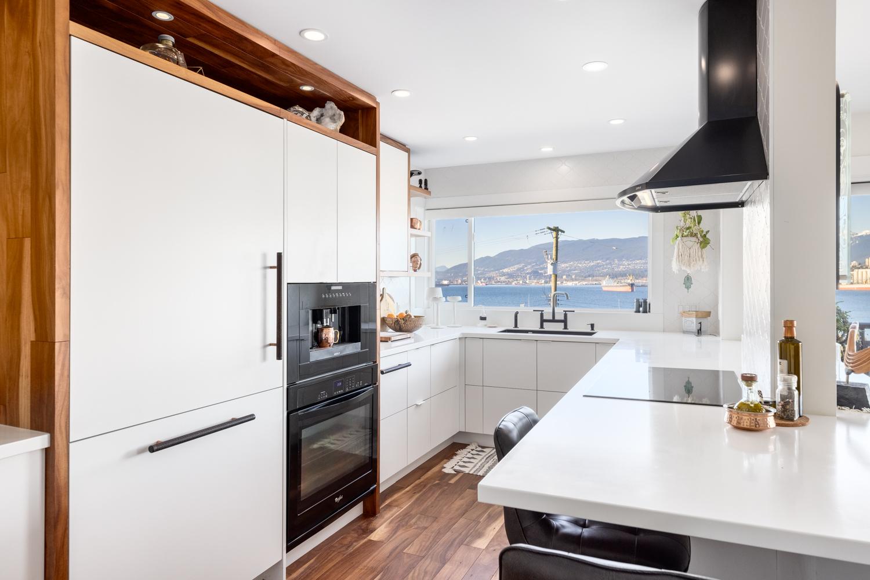 Custom kitchen - Duke Kitchens - 405   2366 wall street web 7