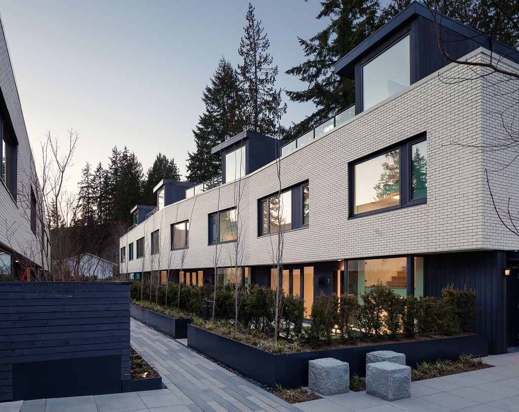 Modern Homes North Vancouver