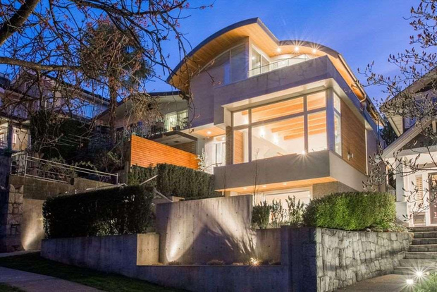 frits de vries modern house for sale in vancouver