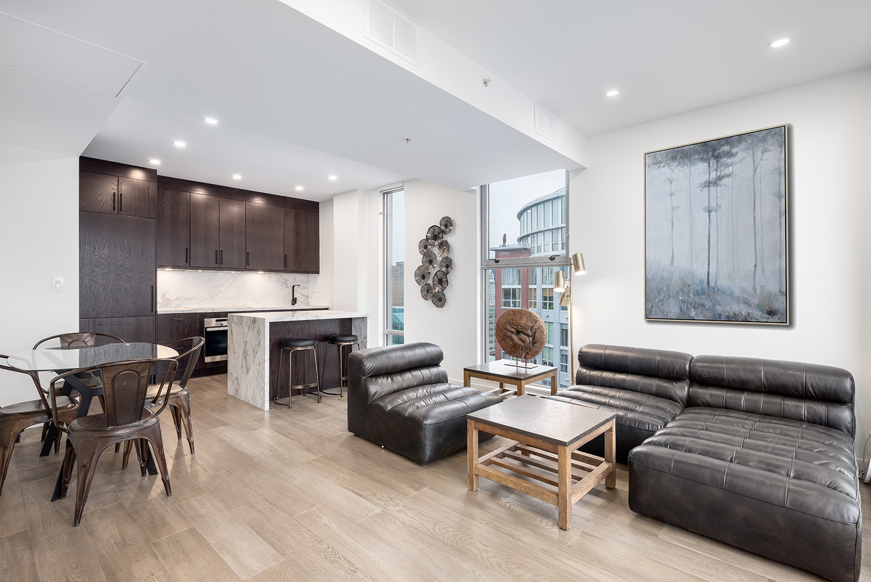 modern penthouse 2502   999 seymour street web 15a