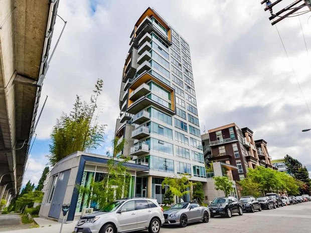 w 6th and Fir - 1565 W 6th Ave - Modern South Granville Building