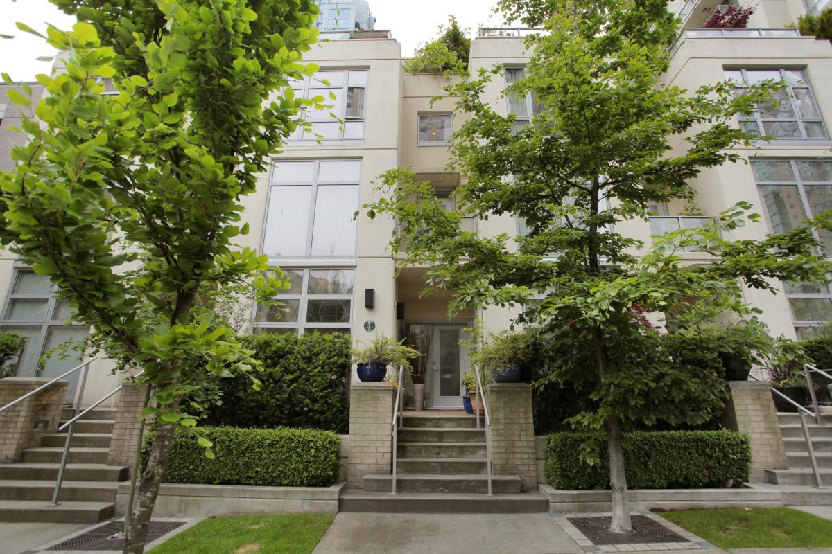 Vancouver East Townhouses