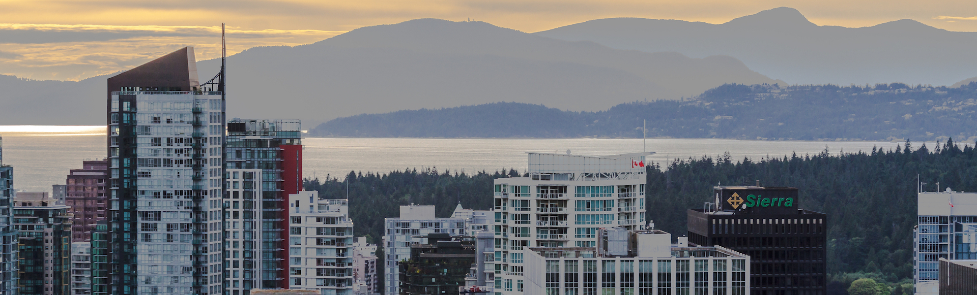 4 elevate yourself to the top floor with stunning ocean views c