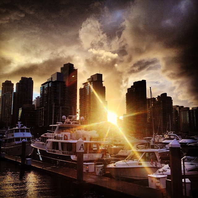 wow what a sunsetvancouver vancouverisawesome coalharbour vanarch a